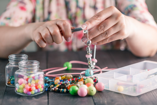 work with Bead Bracelet Kits for Adults